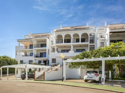 Photo for Comfortable apartment with a beautiful view, in a residence with a swimming pool