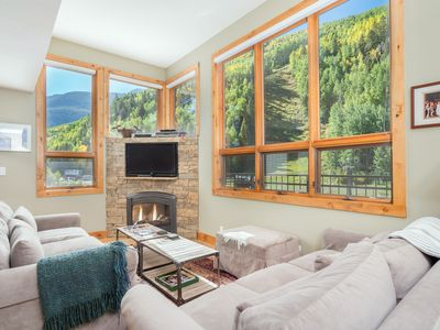 Photo for Ski In, Ski Out w/ Fireplace & Panoramic Views at Cimarron Lodge 1