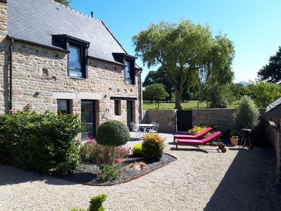 Photo for Charming cottage at the gates of Dinan, mixing tradition with modernity