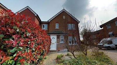 Photo for Oaklands A lovely 3 bed house 5 minutes walk away from Hatfield Town Centre
