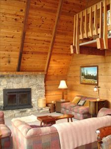 Photo for Spacious Mountain Cabin in Gated Community