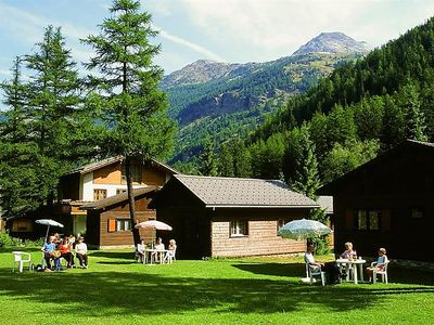 Photo for 2BR Apartment Vacation Rental in Saas-Balen