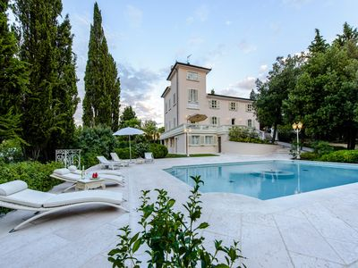 Photo for Villa Rinaldi - Spectacular villa with panoramic pool