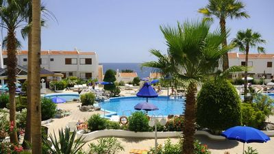 Photo for Luxurious 3-bedroom Bungalow with magnificent sea views right over the beach