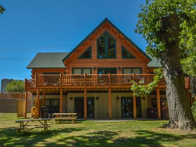 Photo for Luxury log home in a central location!