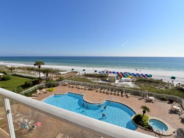 TOTAL RENOVATION COMPLETE!!/A RENTER FAVORITE!  LGE 2/2 FREE BEACH SERVICE