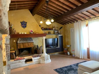 Photo for Beautiful rustic villa in Tuscany in Monteriggioni, between Siena and Florence.