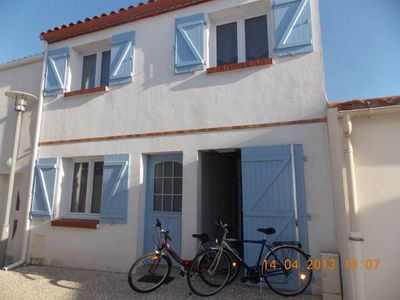 Photo for House in the heart of the city, close to the beach. South-facing terrace.