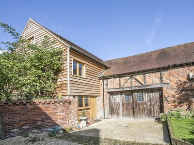 Photo for Luxury loft apartment in characterful eighteen century maltings barn.