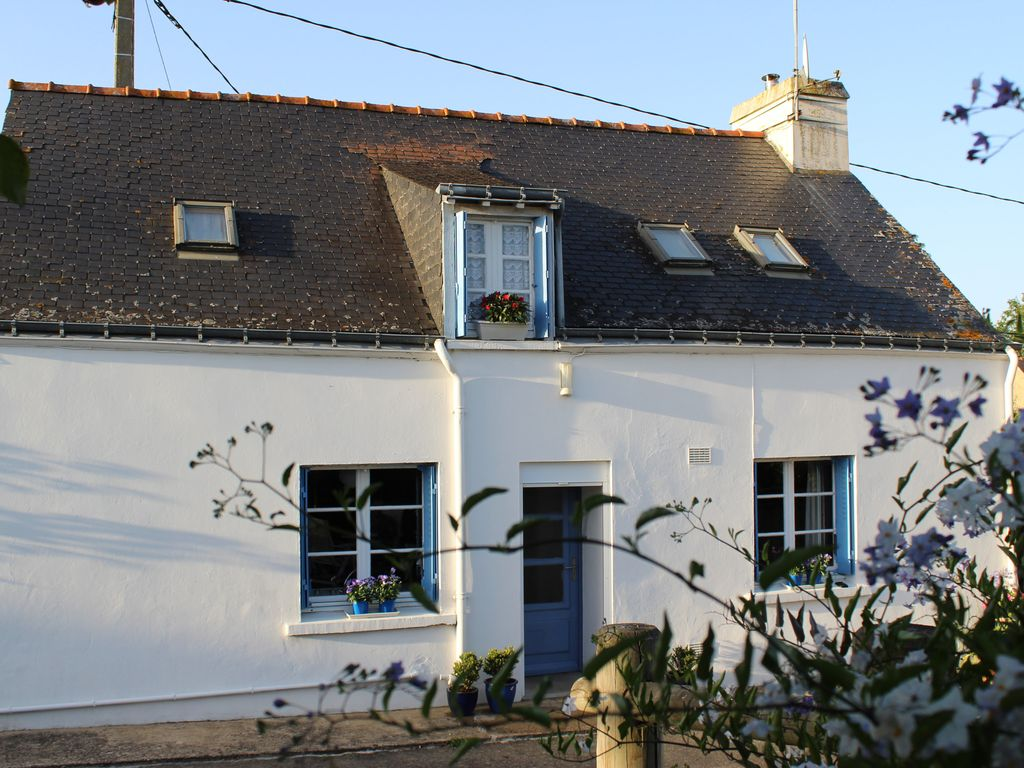 La P Tite House With Blue Shutters Small Gite Du Center Bretagne Pleugriffet
