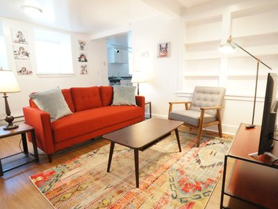 Quirky, Clean One Bedroom in Capitol Hill