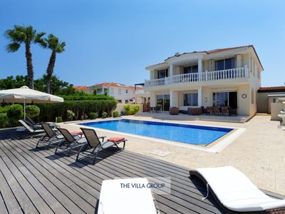 Photo for Impressive and extremely spacious 5 bedroom villa directly on coastline
