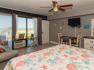 Photo for Beautiful Waterfront Getaway! Awesome views, pool, hot tub, fishing, and wifi.