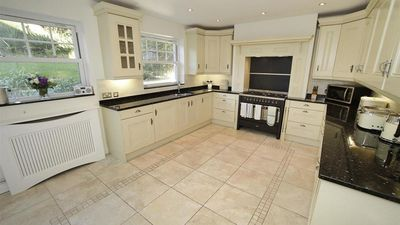 Photo for Witsend, Horton - Four Bedroom House, Sleeps 8