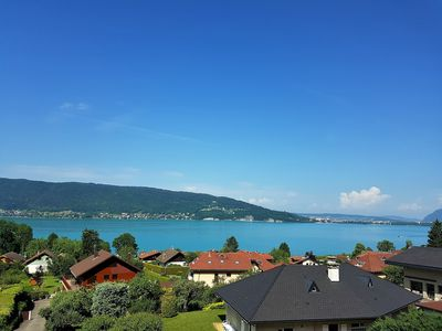 Photo for Magnificent villa 8 p, exceptional view Lake Annecy, heated pool
