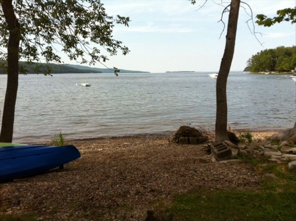 Adorable cottage on lake champlain homeaway for Lake champlain cabins and cottages