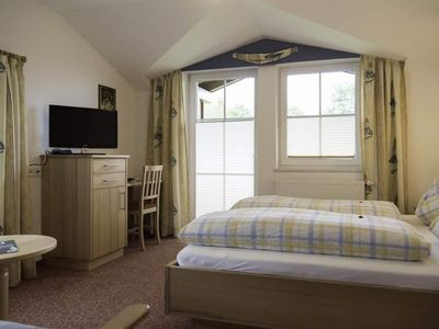 Photo for Double room with shower, WC - Brentwirt, Inn
