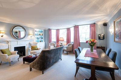 CHELSEA LONDON LUXURY APARTMENT - BEAUTIFUL MASTER SUITE - GREAT PLACE TO  STAY - Central London