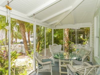 ⭐Built in 1911⭐-Historic Home Next To Downtown Sarasota, Close to the Beaches