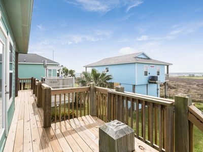 Photo for Gorgeous gulf view home w/private deck, patio, free WiFi-walk to the beach!