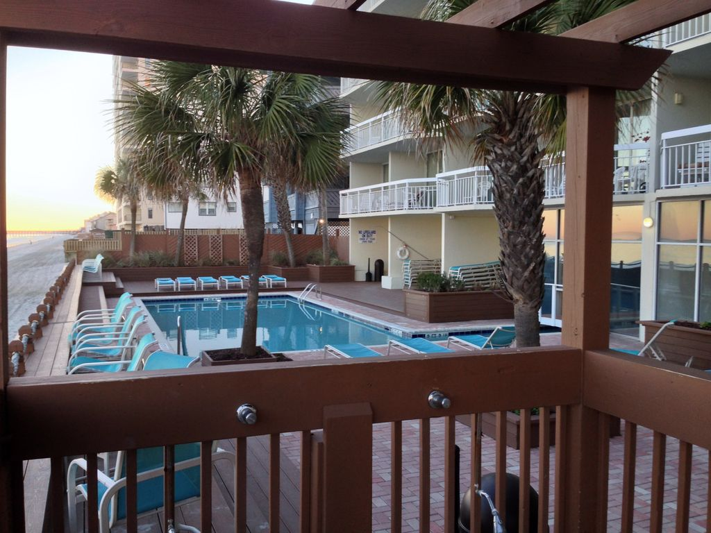 1br 2bath Oceanfront Condo Beautiful View And Great Rates Garden City Beach Myrtle Beach
