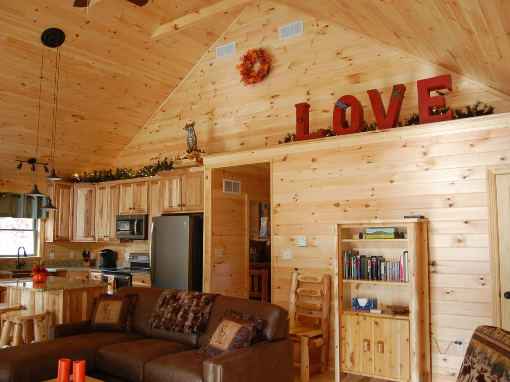 Special Rate* Ultimate Couples Retreat ,Lu... - VRBO