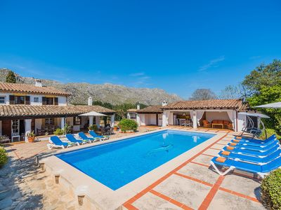 Photo for 4 bedroom Villa, sleeps 10 in Pollença with Pool and WiFi