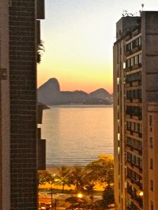Photo for Excellent apt; near Rio de Janeiro; side view for Icaraí Beach