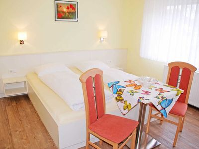 Photo for Double Room III (C) - Guesthouse with breakfast in the Baltic resort of Baabe