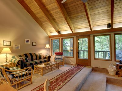 Photo for Unique dog-friendly mountain home w/private hot tub & sauna!Only 6 min. to town!