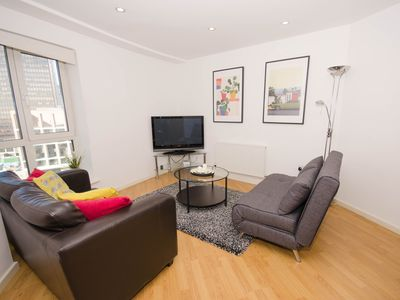 Photo for Cosy Executive 1 Bed Apt Minutes From Bullring