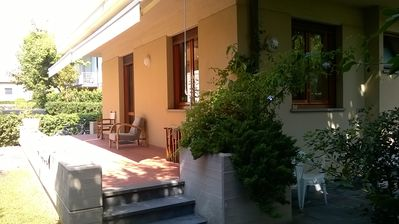 Photo for Villa with garden 50 meters from the sea