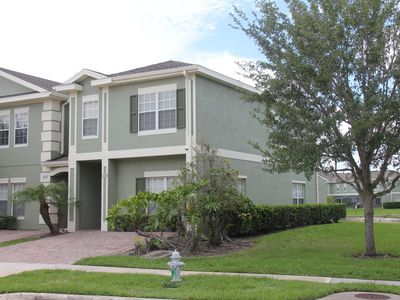 Photo for Lakefront/Jacuzzi/gated 4Br/Ba Villa, 6 Miles to Disney,Free WiFi/Cable