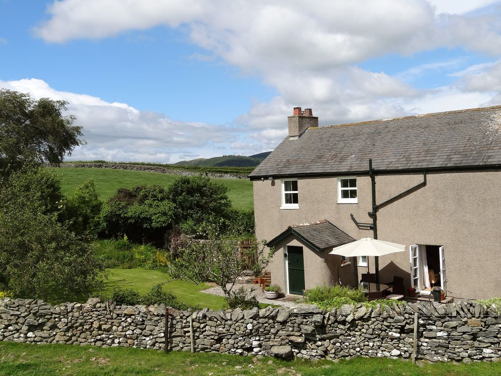 Waingate cottage pet friendly in flookburg homeaway - Pet friendly cottages with swimming pool ...