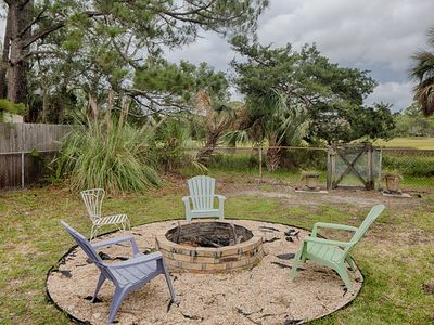 Photo for Quaint, updated cottage w/ deck, firepit & meadow view - walk 1/2 mile to beach!