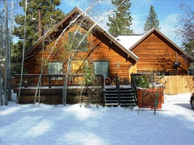 Photo for Wonderful Mountain Cabin at a Great Price! Sleeps 9