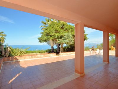 Photo for Villa Baialuce a stone's throw from the faraglioni and the Zingaro nature reserve