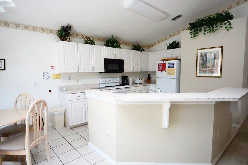 4 Bedroom Disney Orlando Kissimmee Vacation Home With Stunning Lakefront View Games Room And