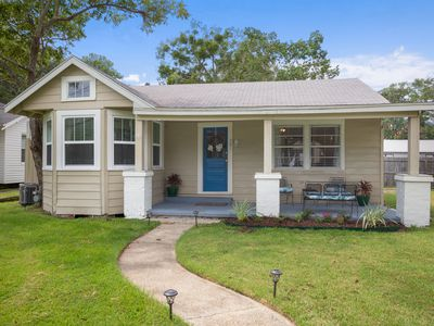 Photo for 2BR House Vacation Rental in Ocean Springs, Mississippi