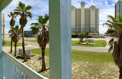 Photo for Affordable Clean Coastal Decor 1/1 Condo across from Beach with Great Pool!