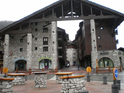 Photo for Apartment, sleeps 6, downtown, near the mountains, Val d'Isere