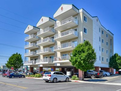 Photo for SPECIAL 15% OFF OPEN SUMMER DATES Wonderful Ocean Block Condo Just Steps to the Beach vIEW