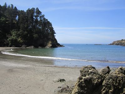 Walk to beautiful beach from the Ocean Trails Mendocino Artist Retreat.