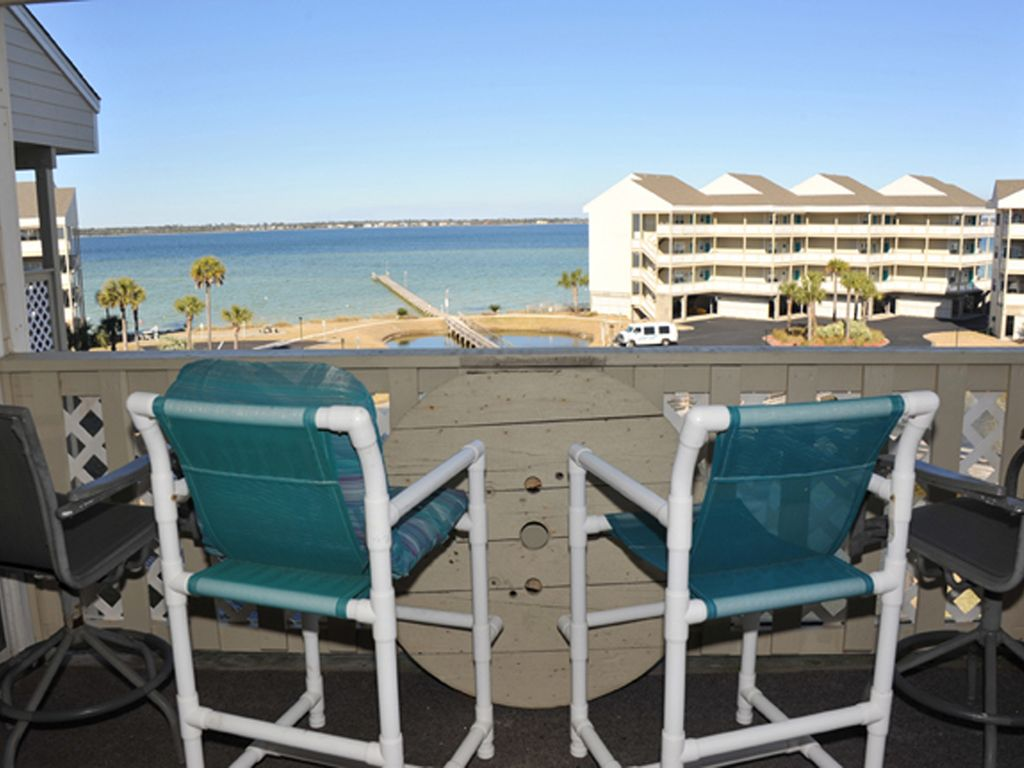 Fabulous Beach Views From This Cute Baywatch Condo Florida Hotels
