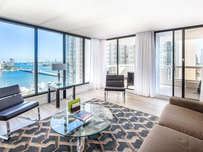 Downtown Miami 2057 | Premium 2BR Waterfront Condo | Free Valet Parking