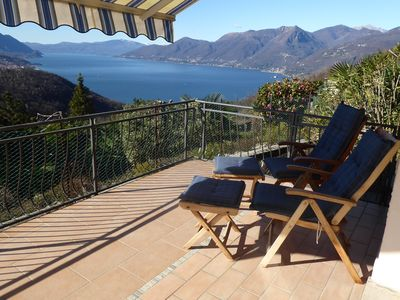 Photo for Sunny vacation apartment, quiet southern location, sea, panoramic mountain view