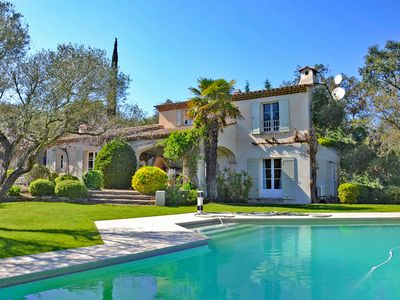 Photo for Beauvallon - Wonderful property with large garden just steps from the beach