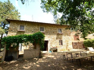 Photo for Very charming Tuscan farmhouse in the heart of the magnificent Chianti region