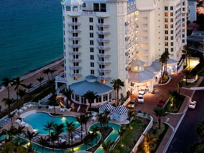 Spectacular Waterfront - Pelican Grand Beach Resort! Special rates BOOK TODAY!