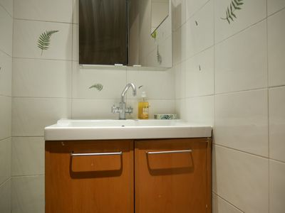 Photo for 80m2 apartment fully equipped in quiet residential area!